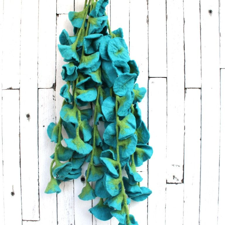 Bright felt flower decoration | All our felt pieces are handmade by our artisan producers in Nepal