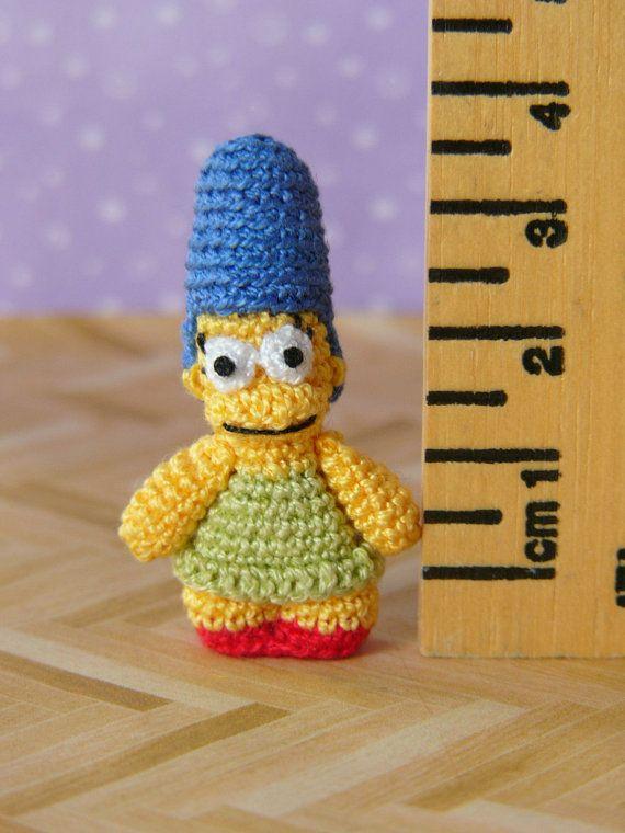 PDF patrón Crochet miniatura Marge Simpson por MuffaMiniatures ...
