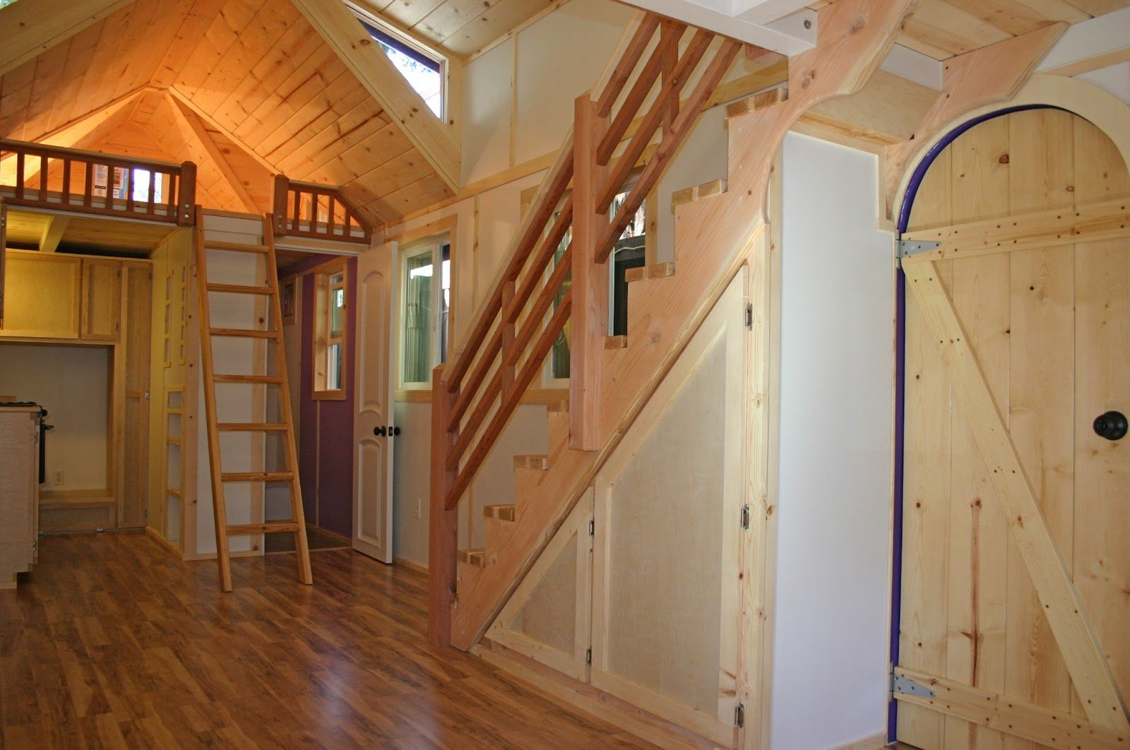 Molecule Tiny Homes Llc: Reminds Me Of A Tree House With Secret Doors And Passages