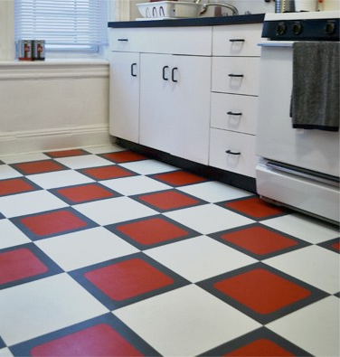Diy Renter Friendly Flooring Solution But The Best Part Is Excellent Video Tutorial On Working Out Tile Layouts