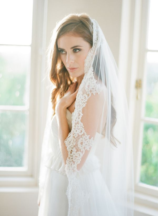 Cathedral Veils And Updo Hairstyles