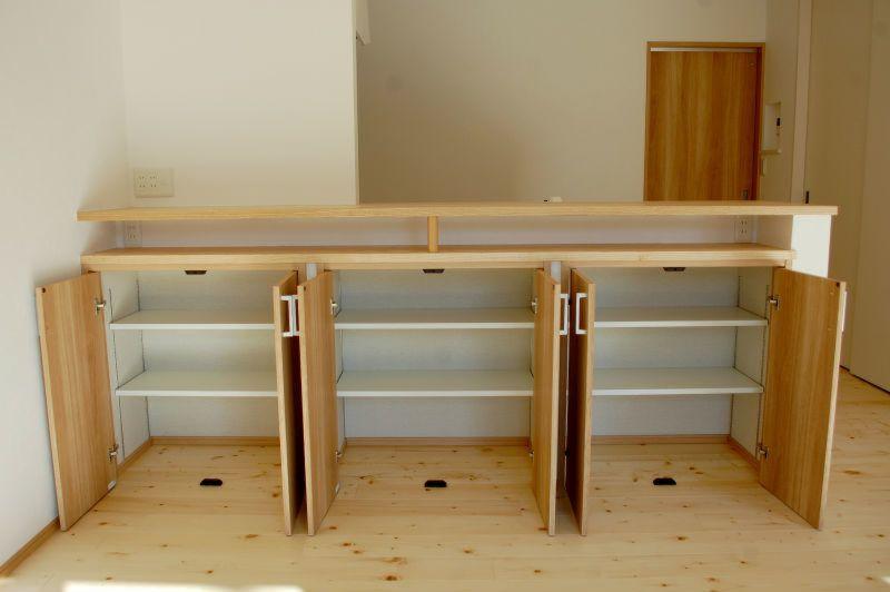 世界に1つのオリジナルオーダー造作 工藤工務店の施工写真集 家具のアイデア リビングダイニング 収納 カウンターキッチン 収納 Diy