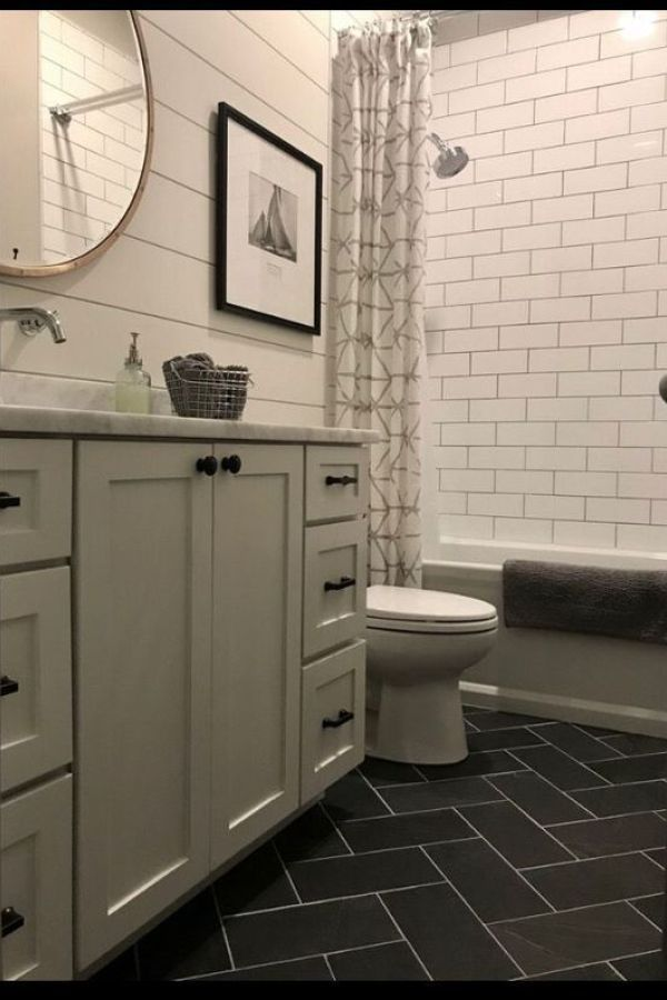 Beautiful Farmhouse Bathroom Tile Floor Decor Ideas And Remodel To Inspire Your Bathroom 5 In 2020 Gray And White Bathroom Bathroom Inspiration White Bathroom Designs