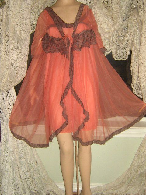 a3c7490ed280 Peach Chiffon chocolate lace Vintage babydoll Nightgown Peignoir Robe Set  by WeeBitUsed