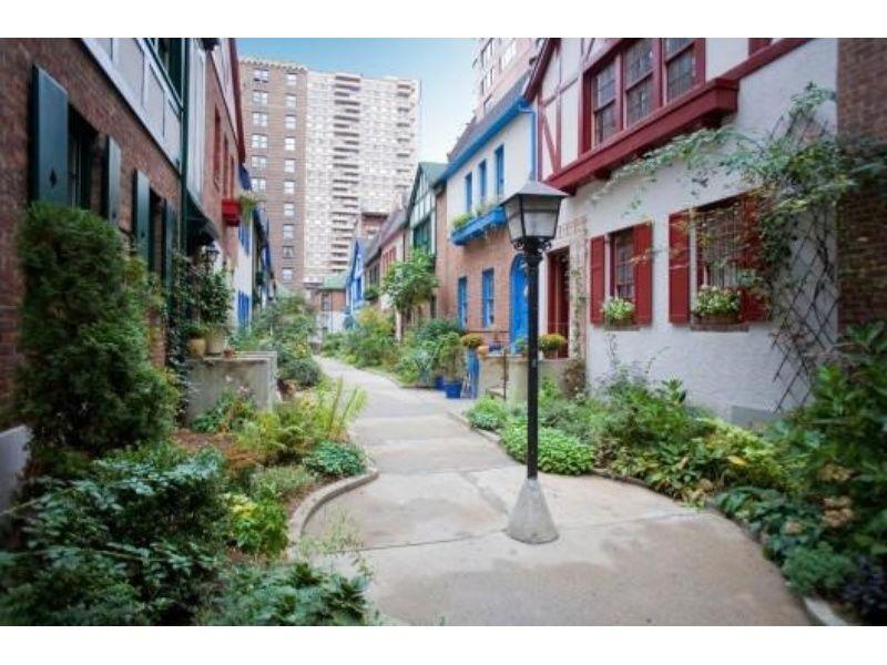 Apartments For Sale   Secret Garden Enchanting Pomander Walk! Rarely  Available 1 Bedroom Plus Den   New York New York United States