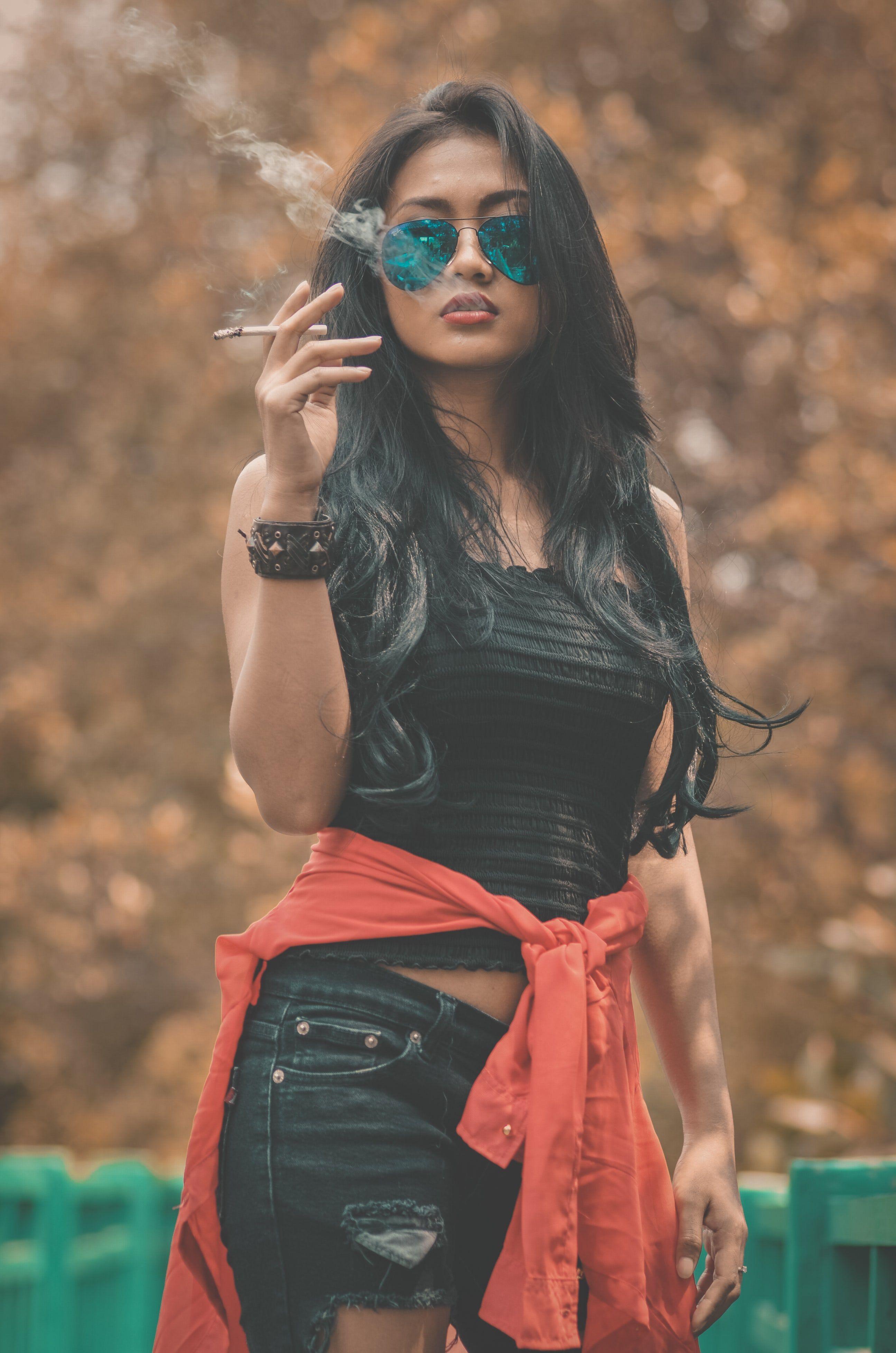 Dating a female smoker