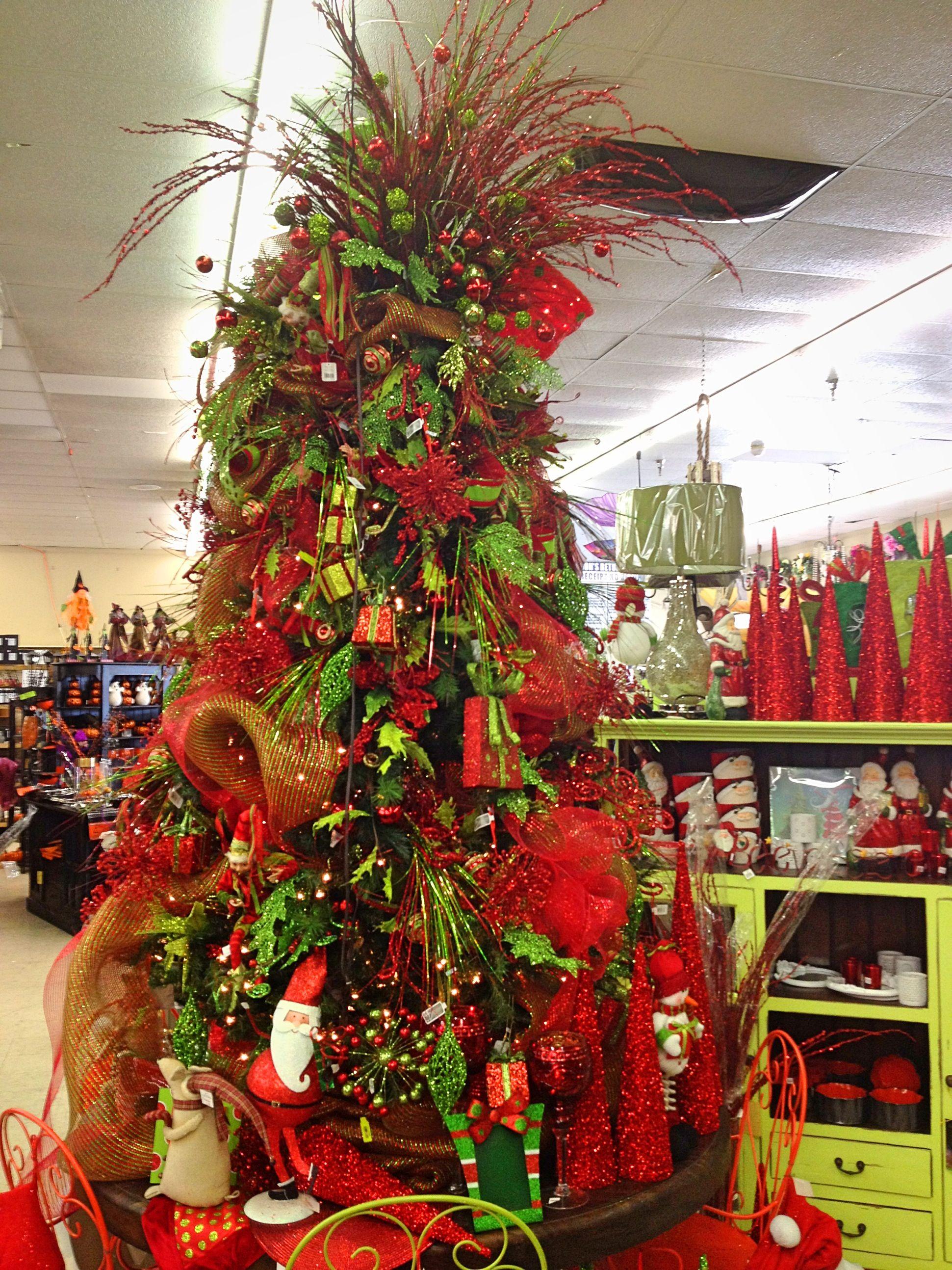 Red & green Christmas tree Christmas decor Pinterest