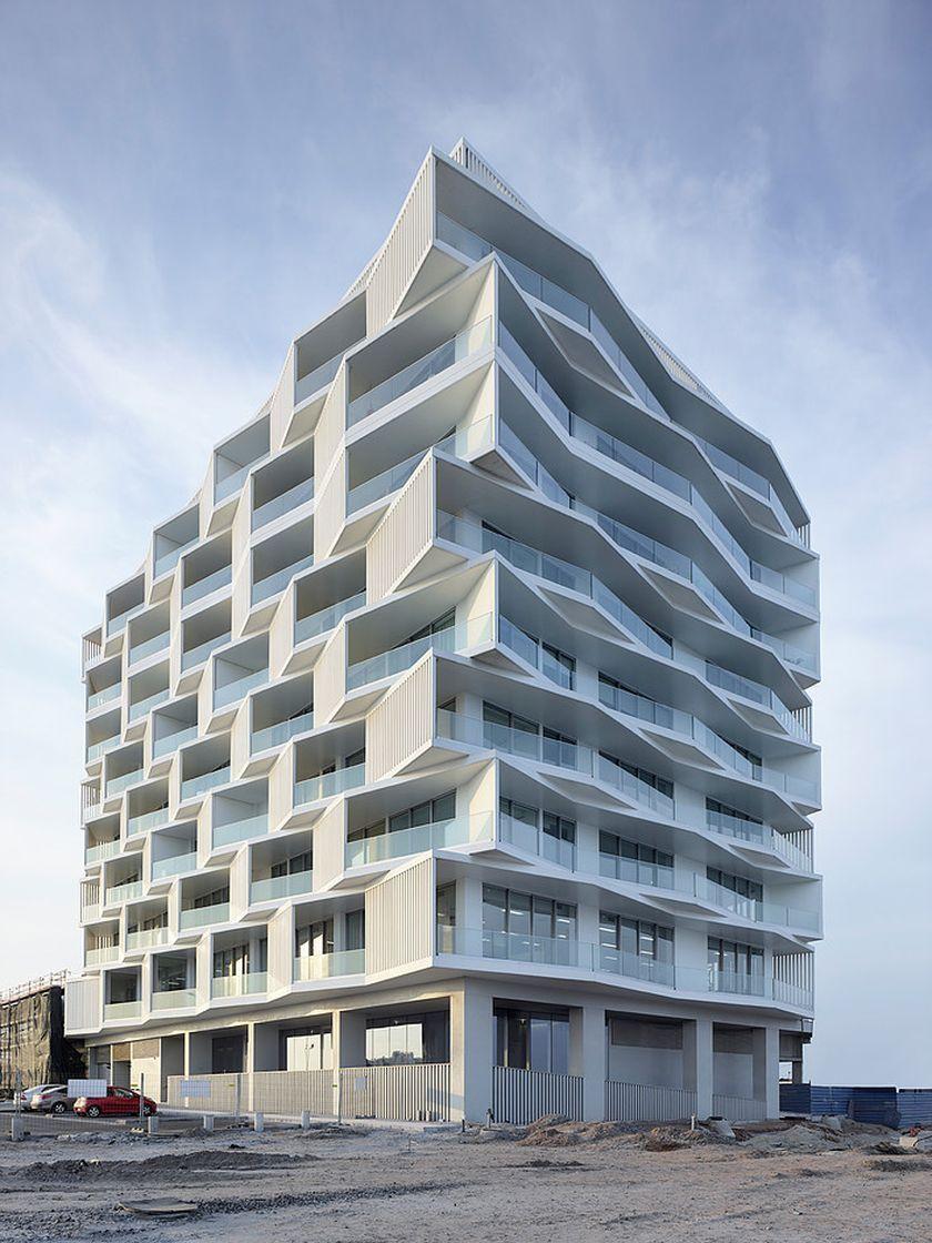 Elegant Modern Apartment Facade