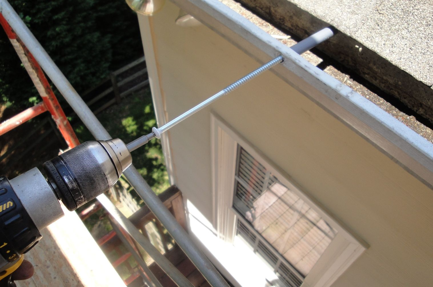 How To Repair Rotted Soffit And Fascia Rehang The Gutter Gutters Roof Installation Repair