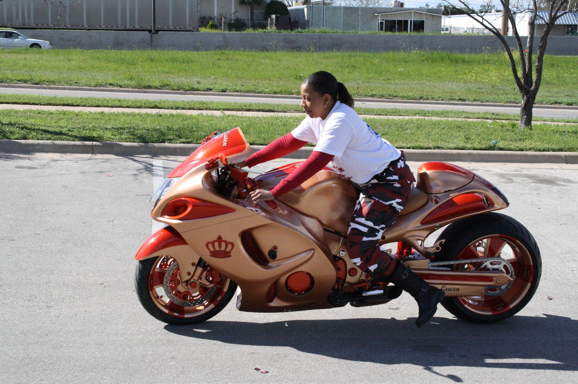 weird motorcycles google search freak bikes pinterest custom hayabusa custom sport. Black Bedroom Furniture Sets. Home Design Ideas