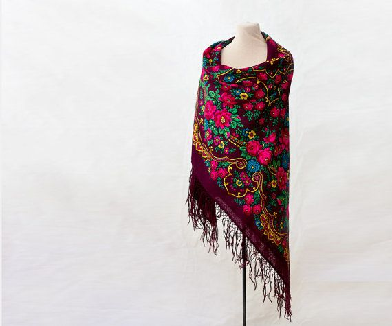 Russian shawl bordeaux with with roses and gold by MulberryWhisper - the stunning Torjok, rare and majestic, which is a must for every Pavlovo Posad shawl collection!