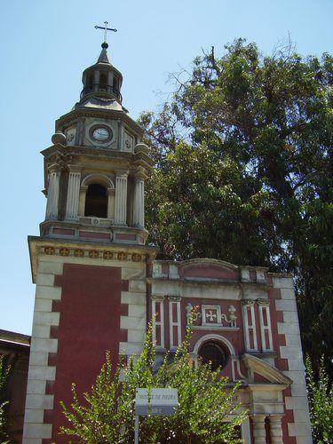 Mausoleo réplica de la iglesia de San Francisco... : Cementerio General, Santiago de Chile | virtual_death