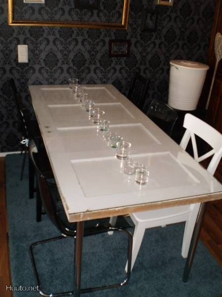 Dining Table Made From Old Wooden Door Could Be A Great DIY Project