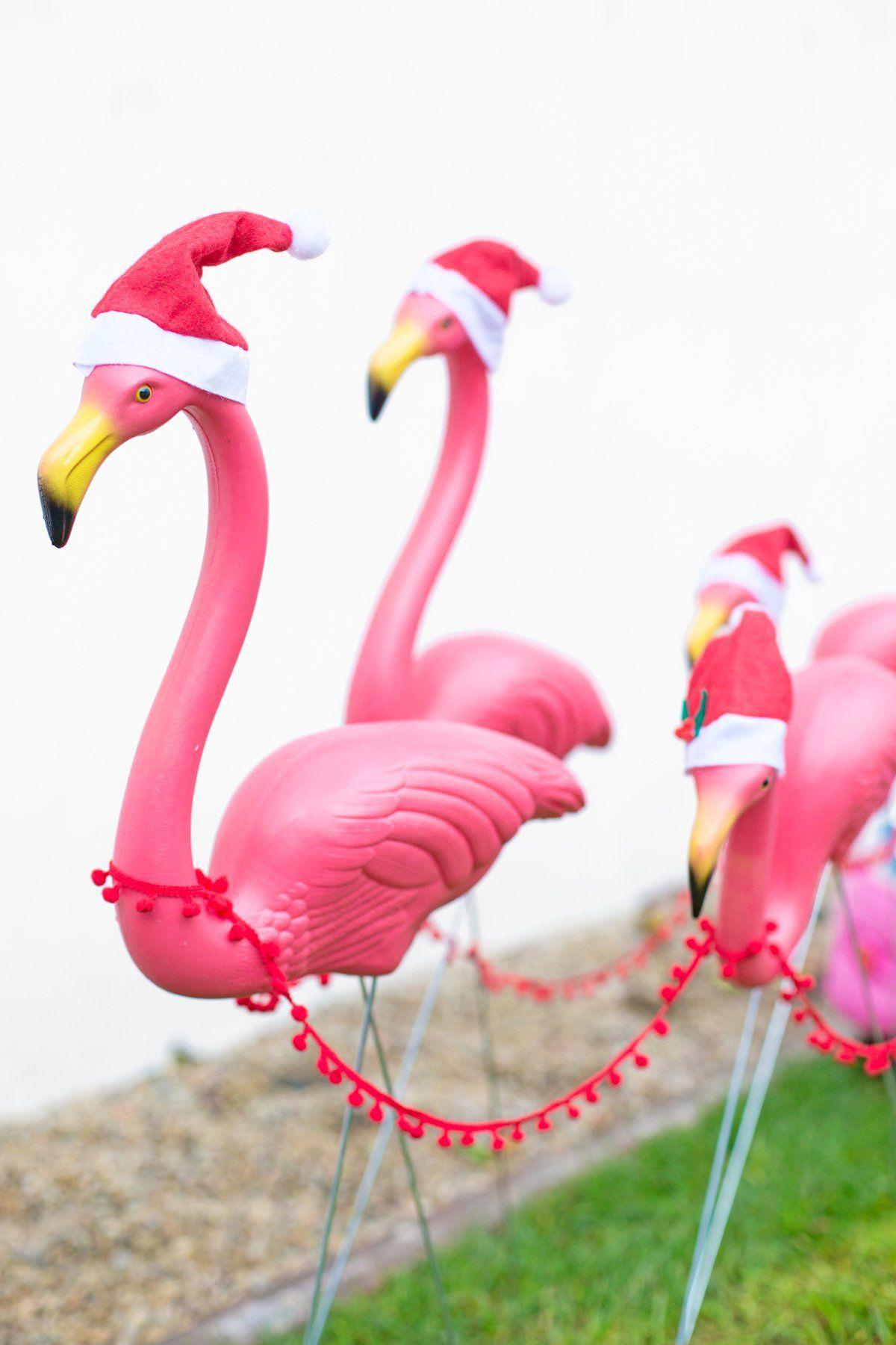 DIY Lawn Flamingo Sleigh Outdoor christmas decorations