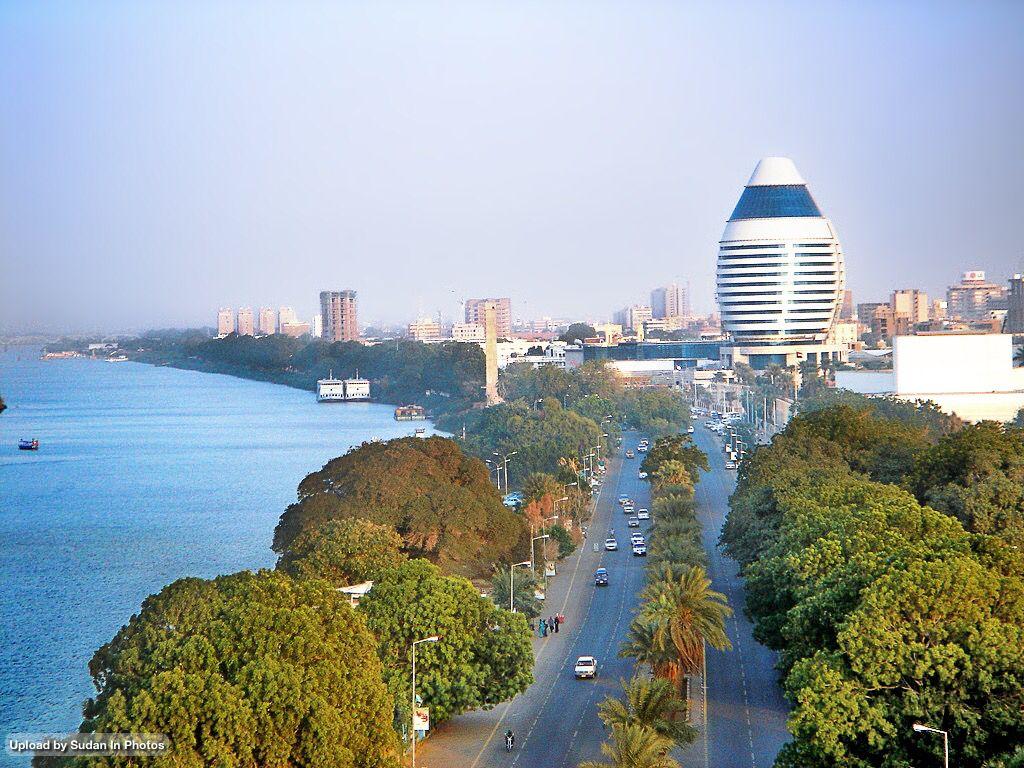 The Blue Nile as it flows through Khartoum النيل الأزرق كما يجري عبر الخرطوم السودان