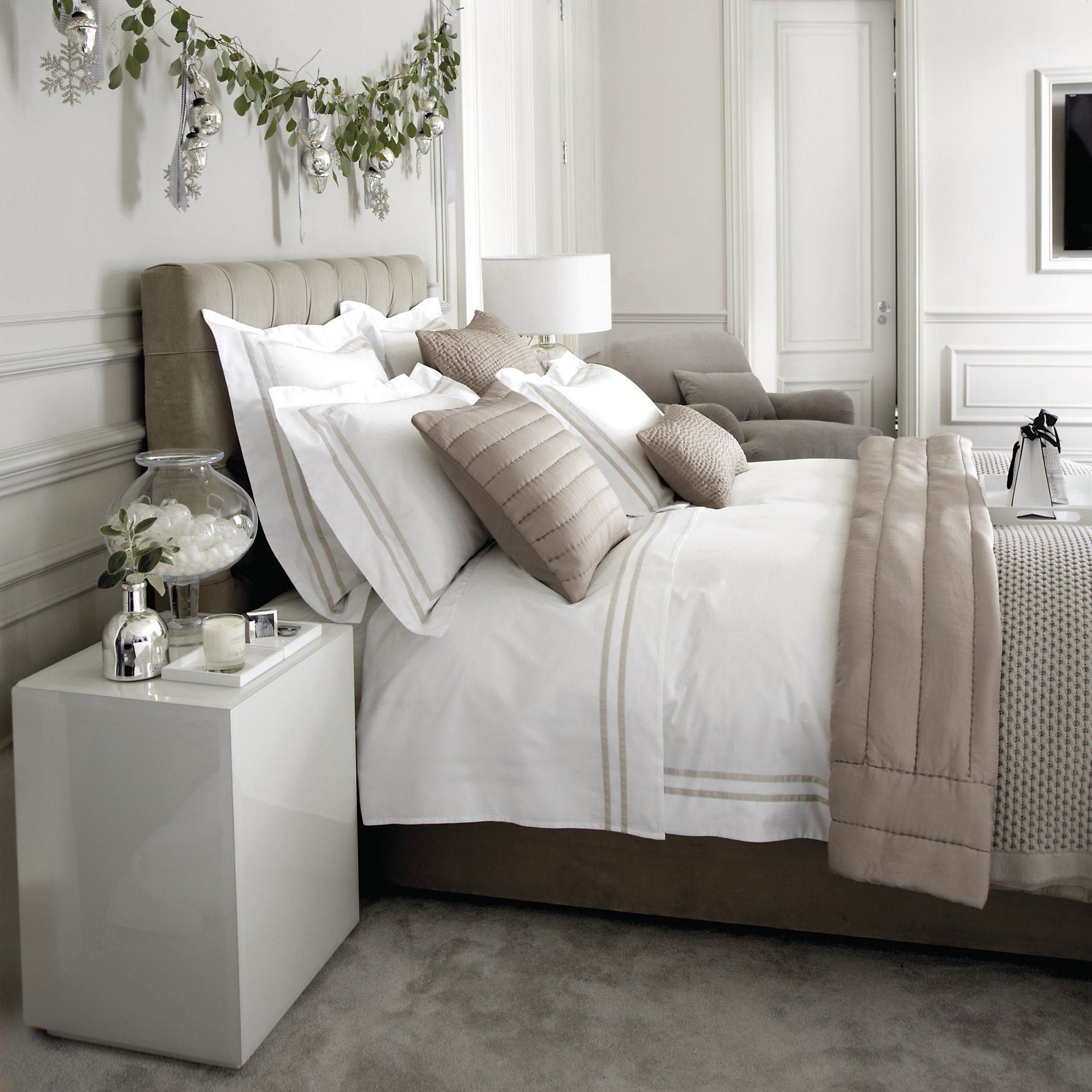 5 Bedroom Ideas For Autumn From The White Company: Charlton Bed Linen Collection - Natural
