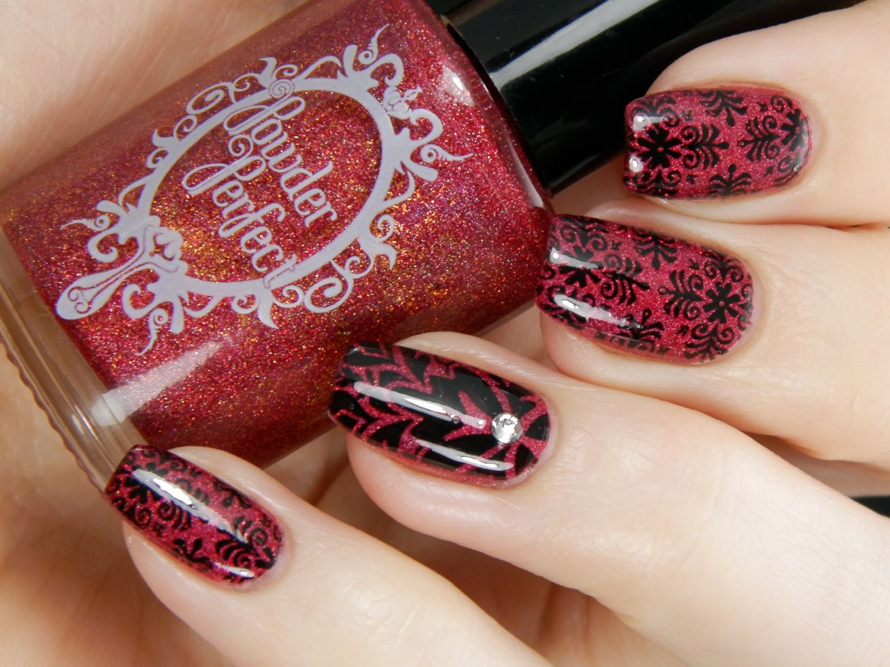 http://betternailday.blogspot.fi/2014/10/fading-tapestry.html