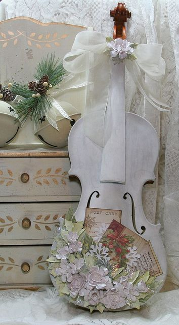 Shabby painted altered violin decoration for music cottage for Violin decorating ideas