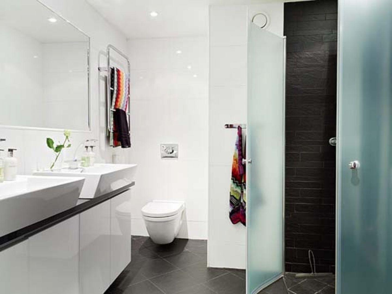 25 Small Bathroom Ideas Photo Gallery | Bathroom related | Pinterest ...