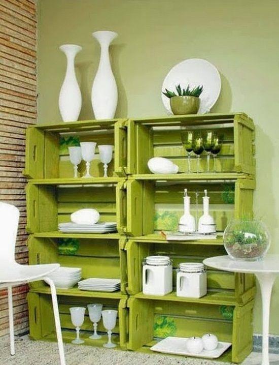 Pallet box shelves