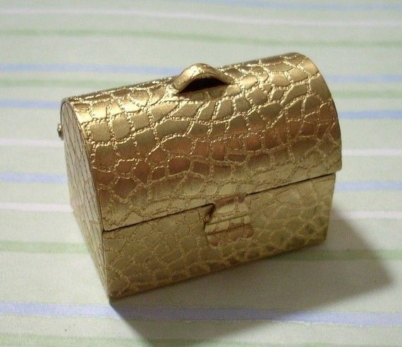 Beautiful Brass Alligator Chest Pendant by charmsgalore on Etsy, $7.50
