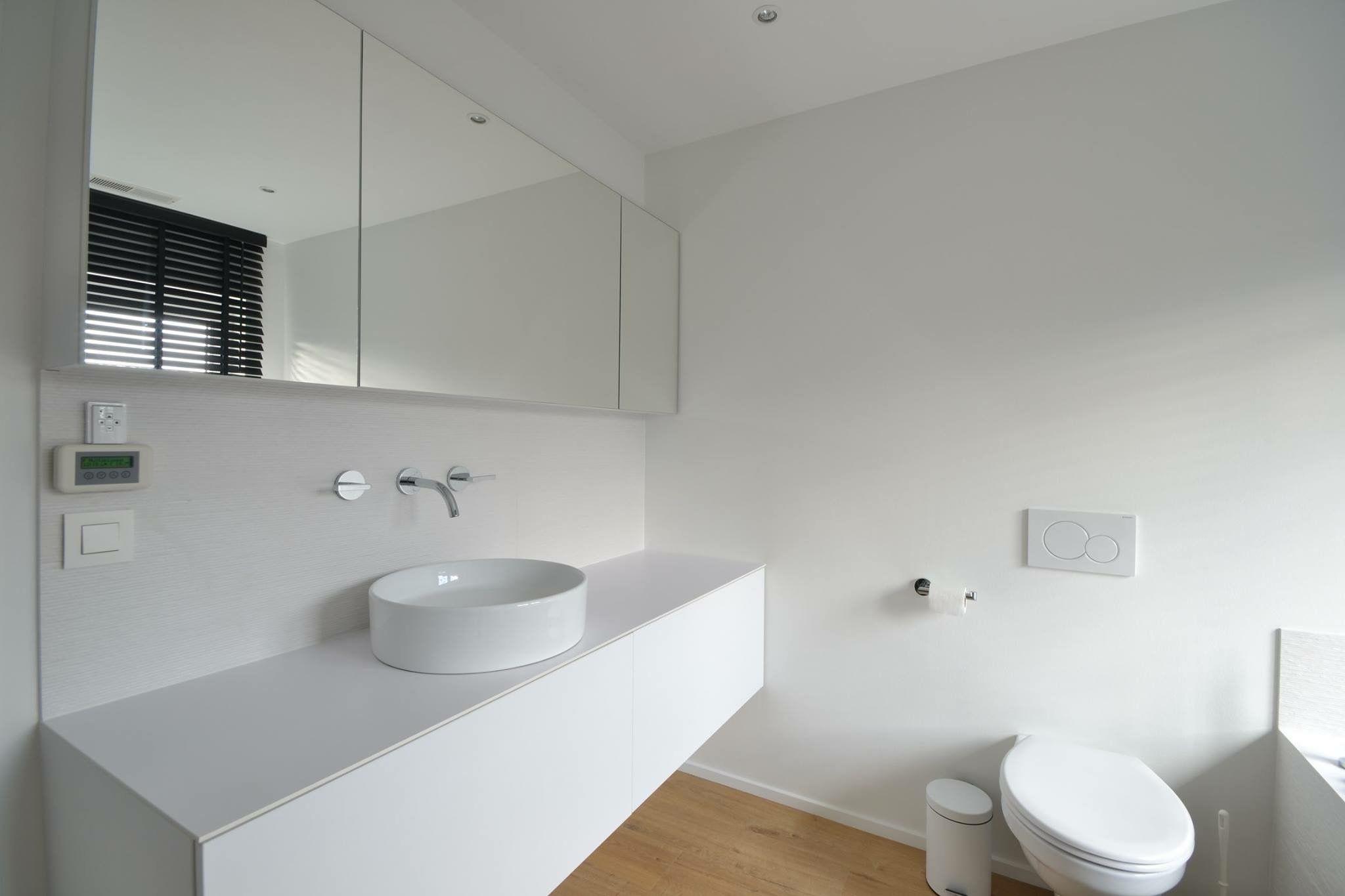 Moderne Witte Badkamer : Moderne witte badkamer ideeën voor het huis
