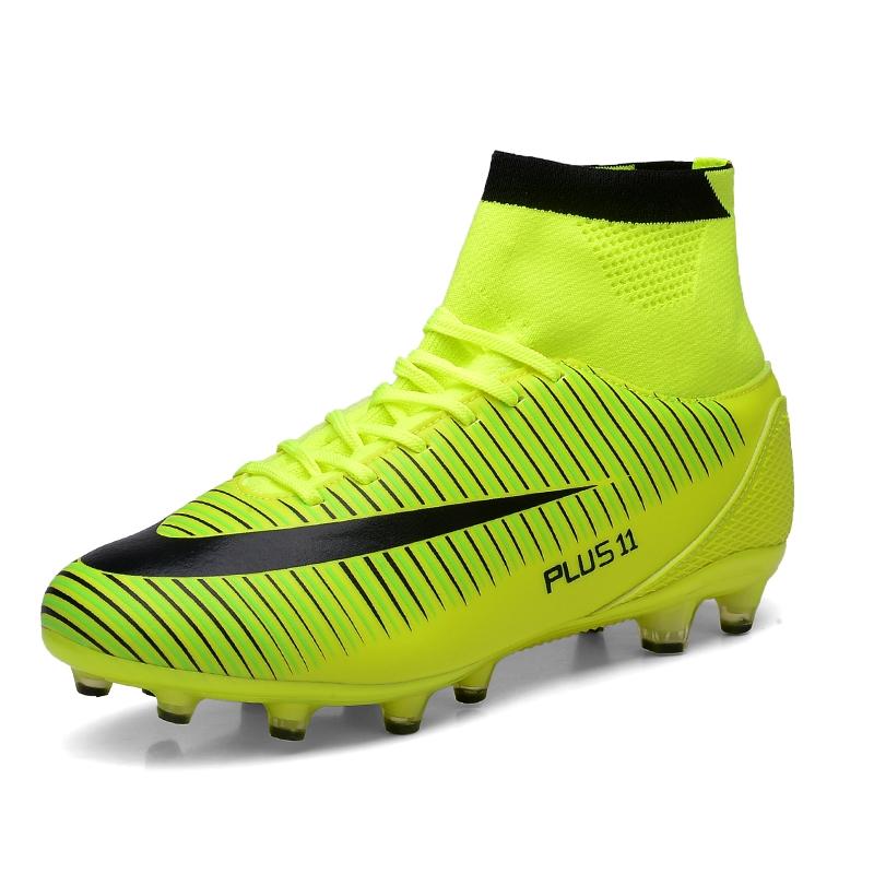 Chaussures de Football Homme High Top Spike Crampons de Foot Profession Athl/étisme Entrainement Chaussures de Sport Adolescents en Plein Air Unsisexe