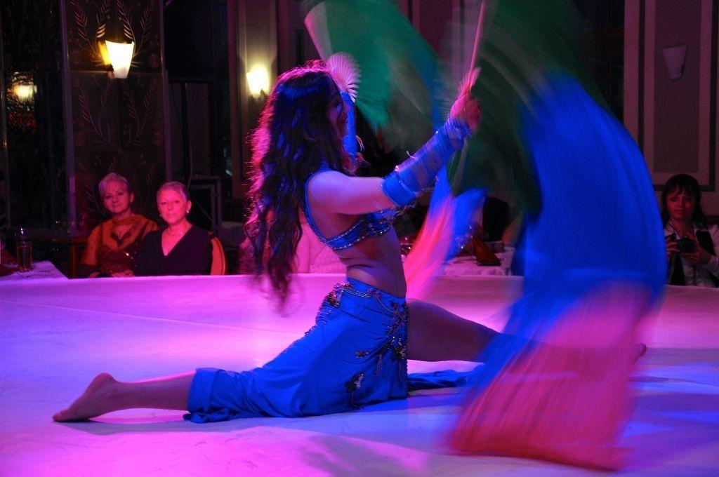 Verfeinern Sie Ihr Event mit  der  Orientalischen Kunst  und  überraschen Sie Ihre Gäste mit der zauberhaften Show  von  Nastja http://oriental-nastja.de/index.html