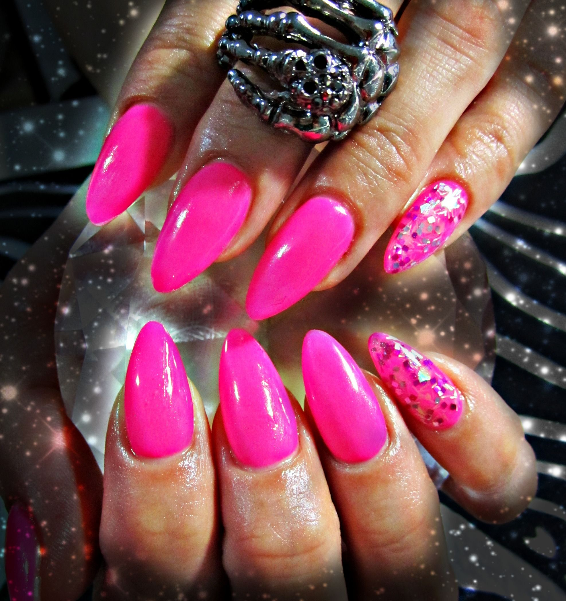 Neon pink acrylic nails | Crafts/beauty | Pinterest | Pink acrylic ...