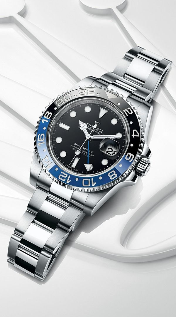 fa07dbf0e40 Rolex GMT-Master II in 904L steel with a 24-hour rotatable blue and black  Cerachrom bezel in ceramic a black dial and an Oyster bracelet.