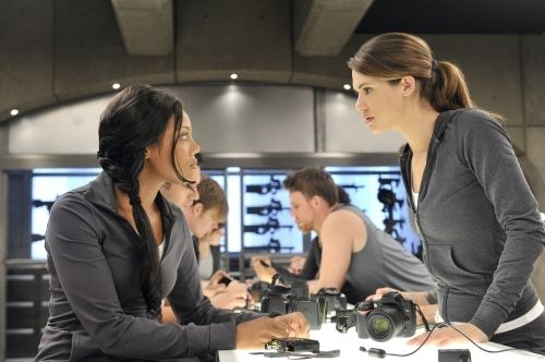 """""""Nikita"""" One Way (TV Episode 2010) - Photo Gallery - IMDb"""