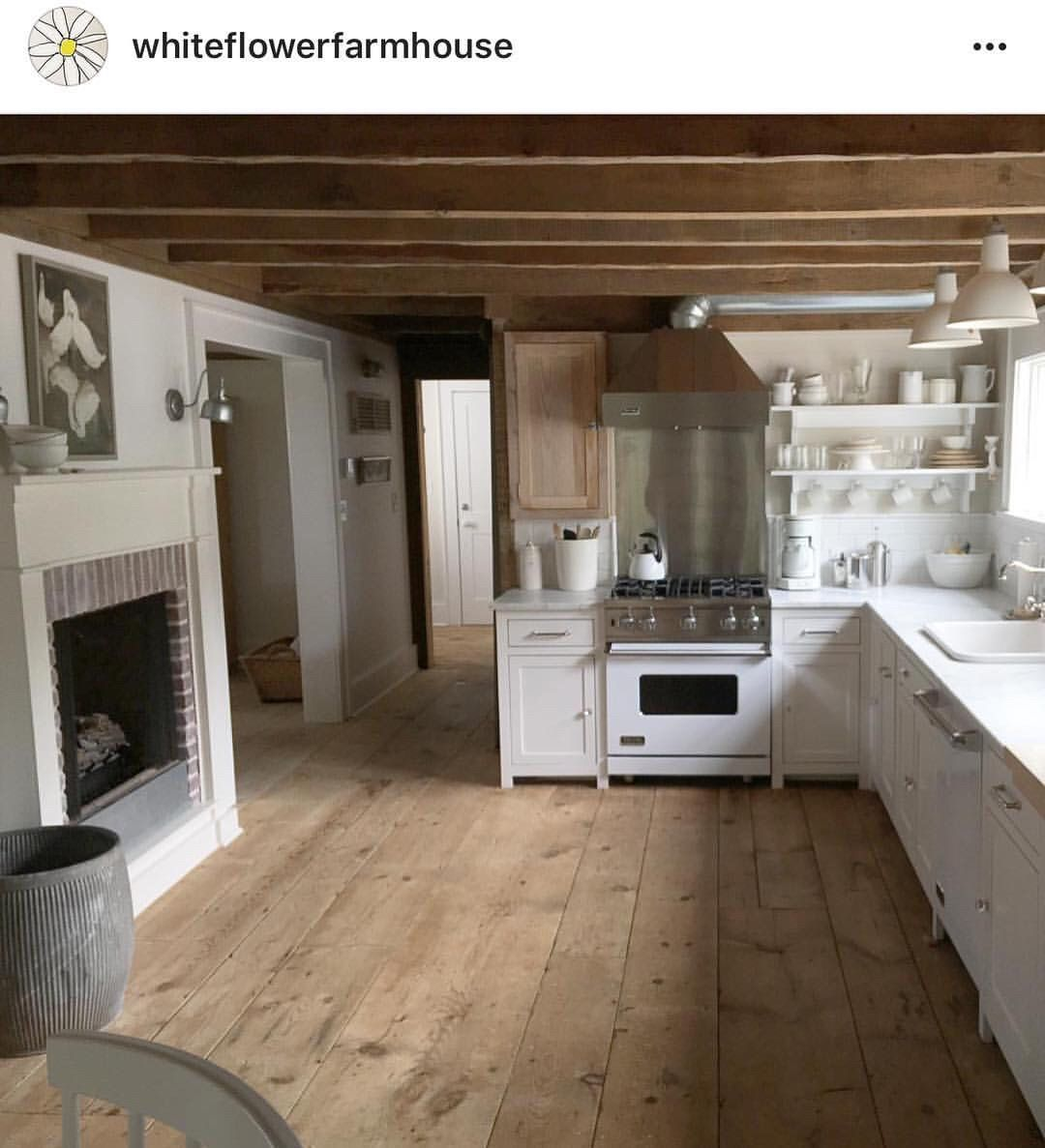 Oldfarmhouse I Love Everything About This Dreamywhitelifestyle Instagram Cottage Kitchens Rustic Farmhouse Fireplace Home Kitchens