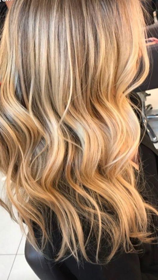 Beautiful Golden Blonde Hair Blonde Hair Highlights
