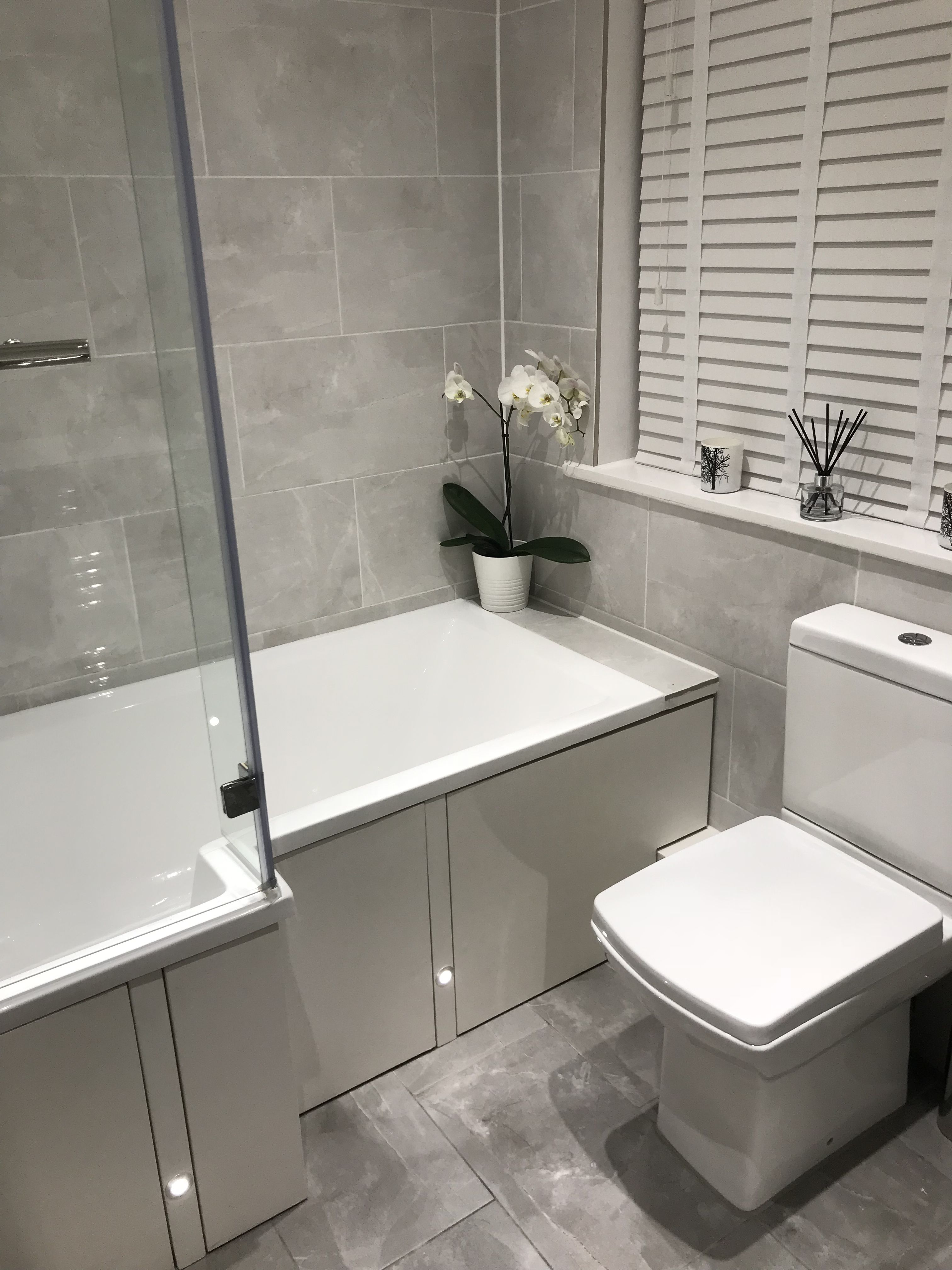 L-shaped bath is perfect for utilising the wasted space ...