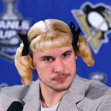 Cindy Crosby drools... and dives!