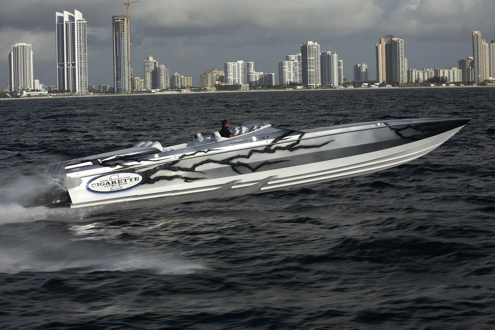 Cigarette Boats | OFFSHORE POWERBOATS: Cigarette 50 Marauder