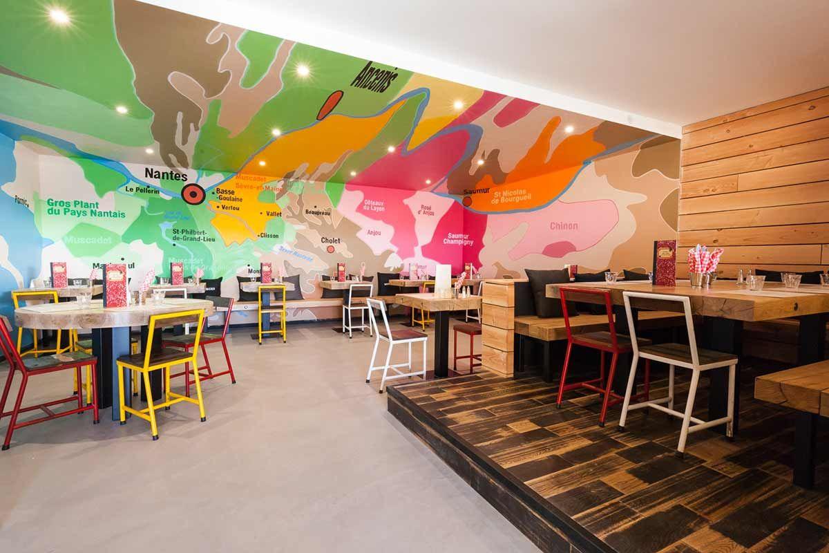 Retour En Enfance Avec La Decoration Du Restaurant La Cantine Du Vignoble