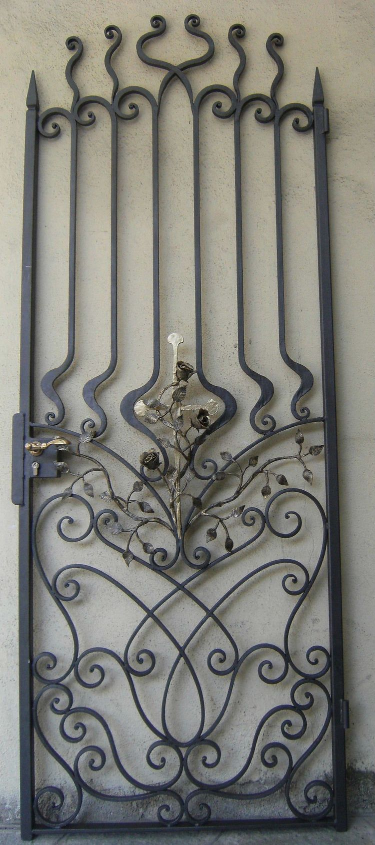 Pin antique garden gates in wrought iron an art nouveau style on - Find This Pin And More On Gates Gate And Curls Wrought Iron