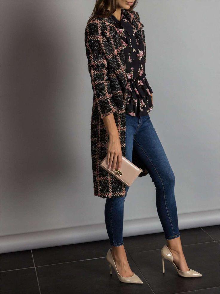 Jeans tendenze Autunno Inverno 2018-2019 Jeans skinny Rinascimento ... 58b719b625e