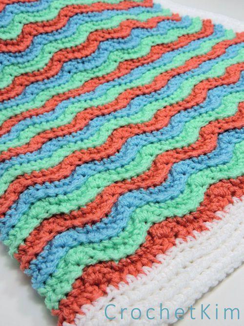 Wavy Hugs Baby Blanket | Manta afgana, Puntadas y Manta