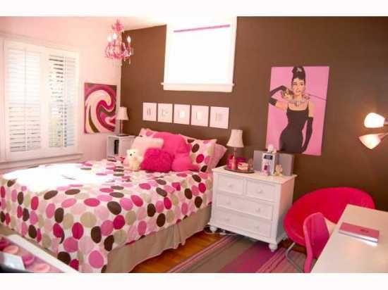 Pink and brown tween room