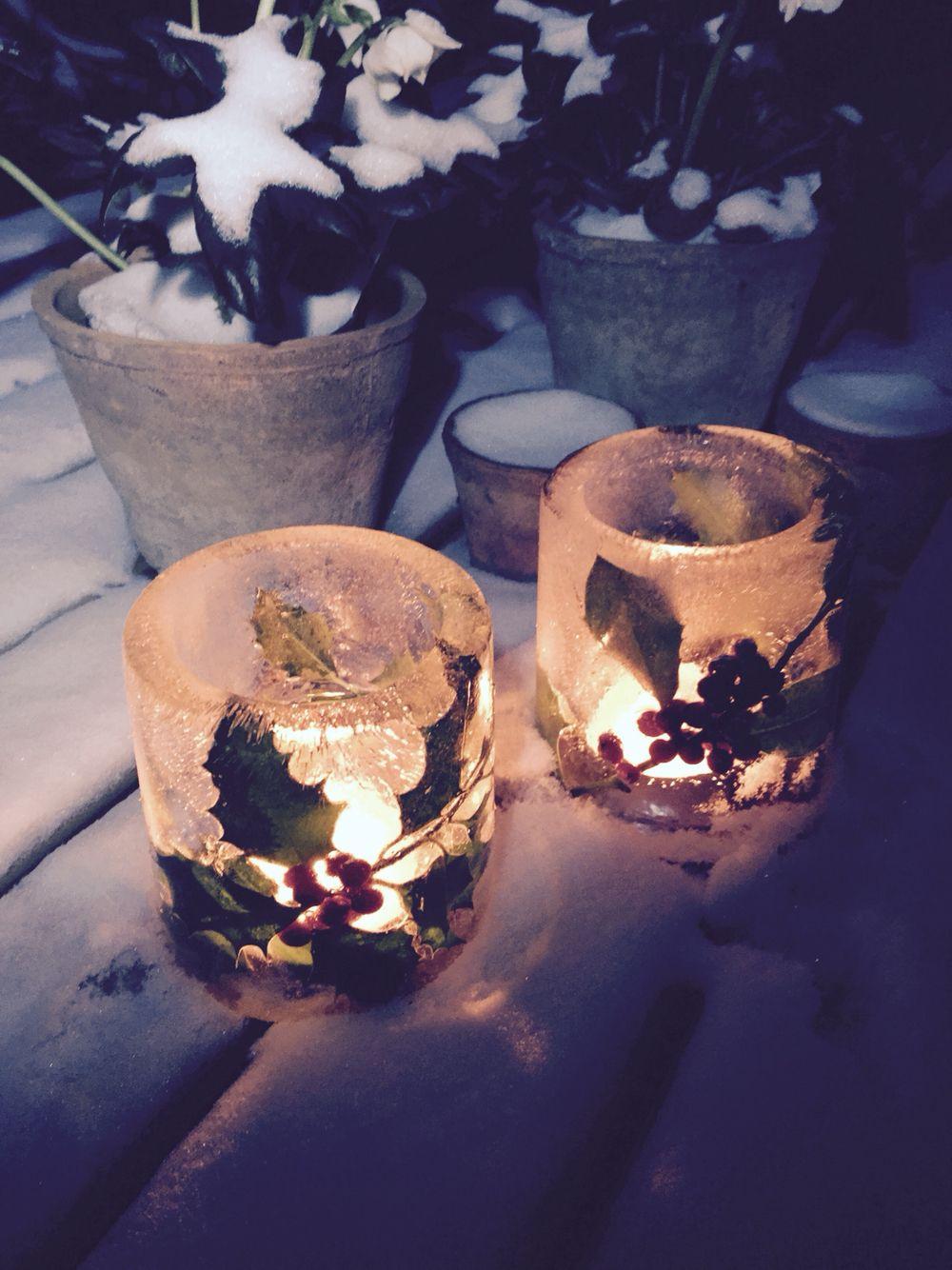 Herzerwärmende Eislaternen #naturlicht #winterdeko #gartendeko #eislicht #schneelaterne