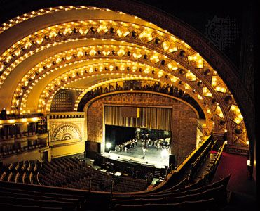 Lyric Opera Of Chicago Lyric Opera Of Chicago Is One Of The Leading Opera Companies In The United States It Was Founde Lyric Opera Chicago Architecture Opera