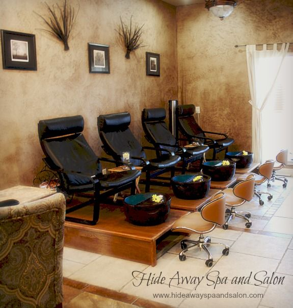 The 25 best manicure station ideas on pinterest nail for Salon de pedicure