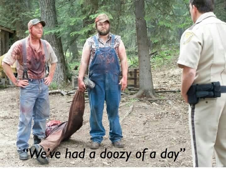 Tucker And Dale Vs Evil Such An Easy Costume I Might Have To Do This Tucker And Dale Vs Evil Musical Movies Great Movies