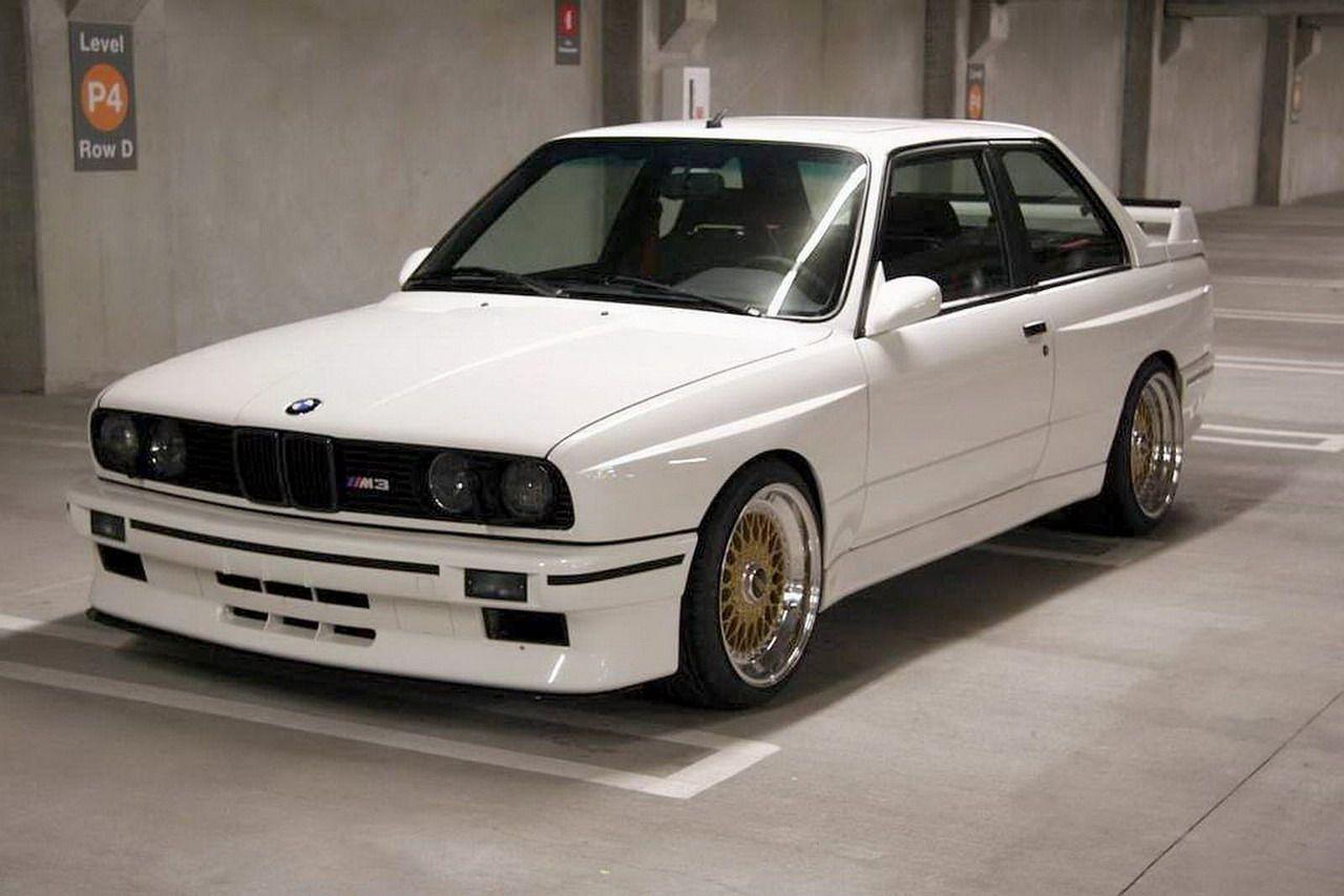 E30 Bmw M3 Bmw E30 M3 White Bbs Rs Gold A Bmw E30 Bmw E30 M3