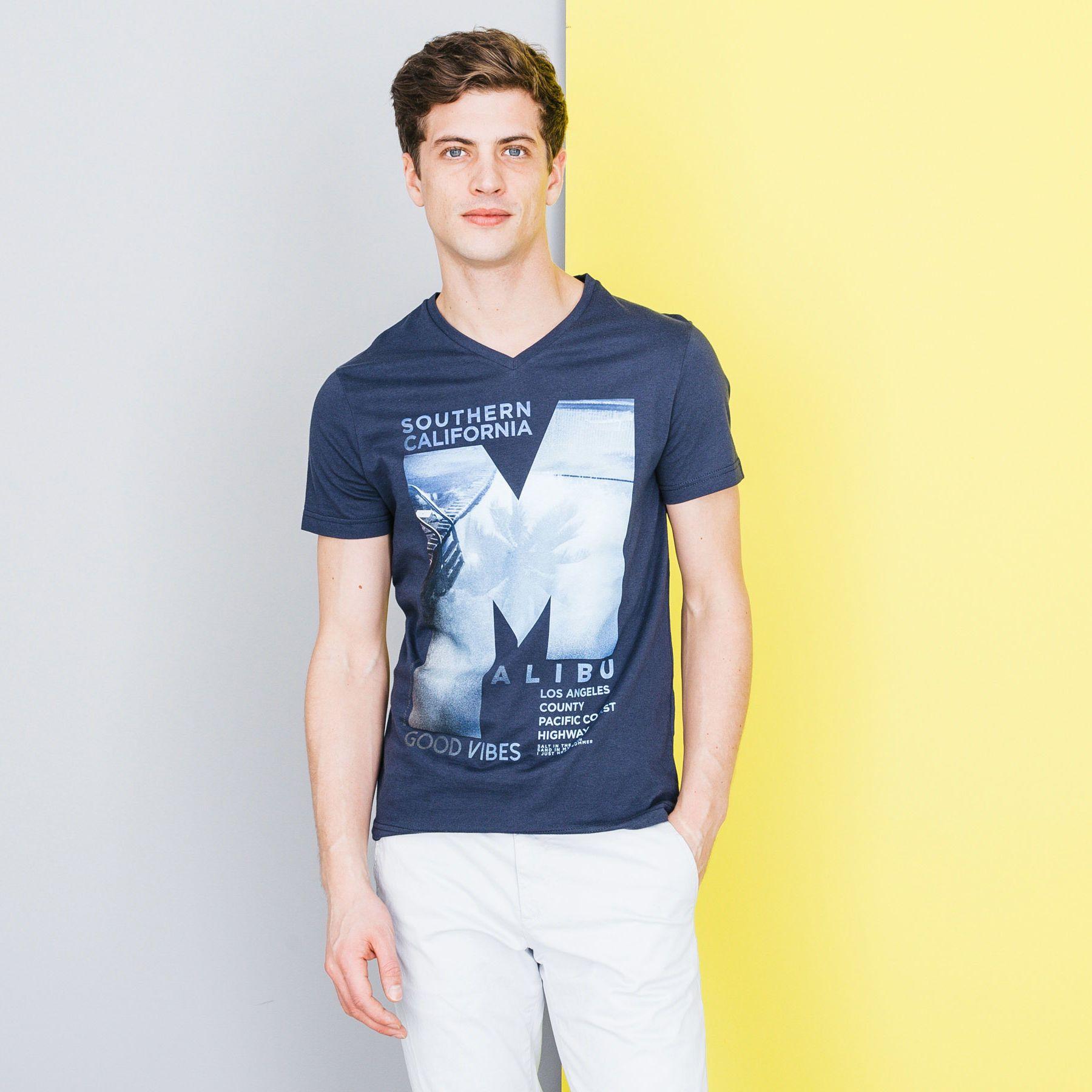 c1f3da64e5e T-shirt col V imprimé Bleu Marine Homme - Jules
