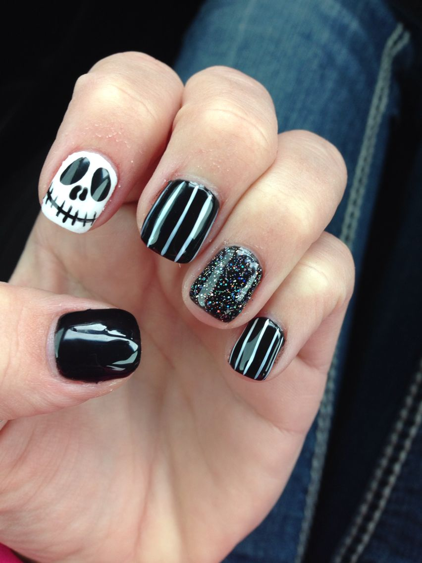 Fun Halloween nails by Dan at Sassy Nails!!!!!~*~* | Got to love ...