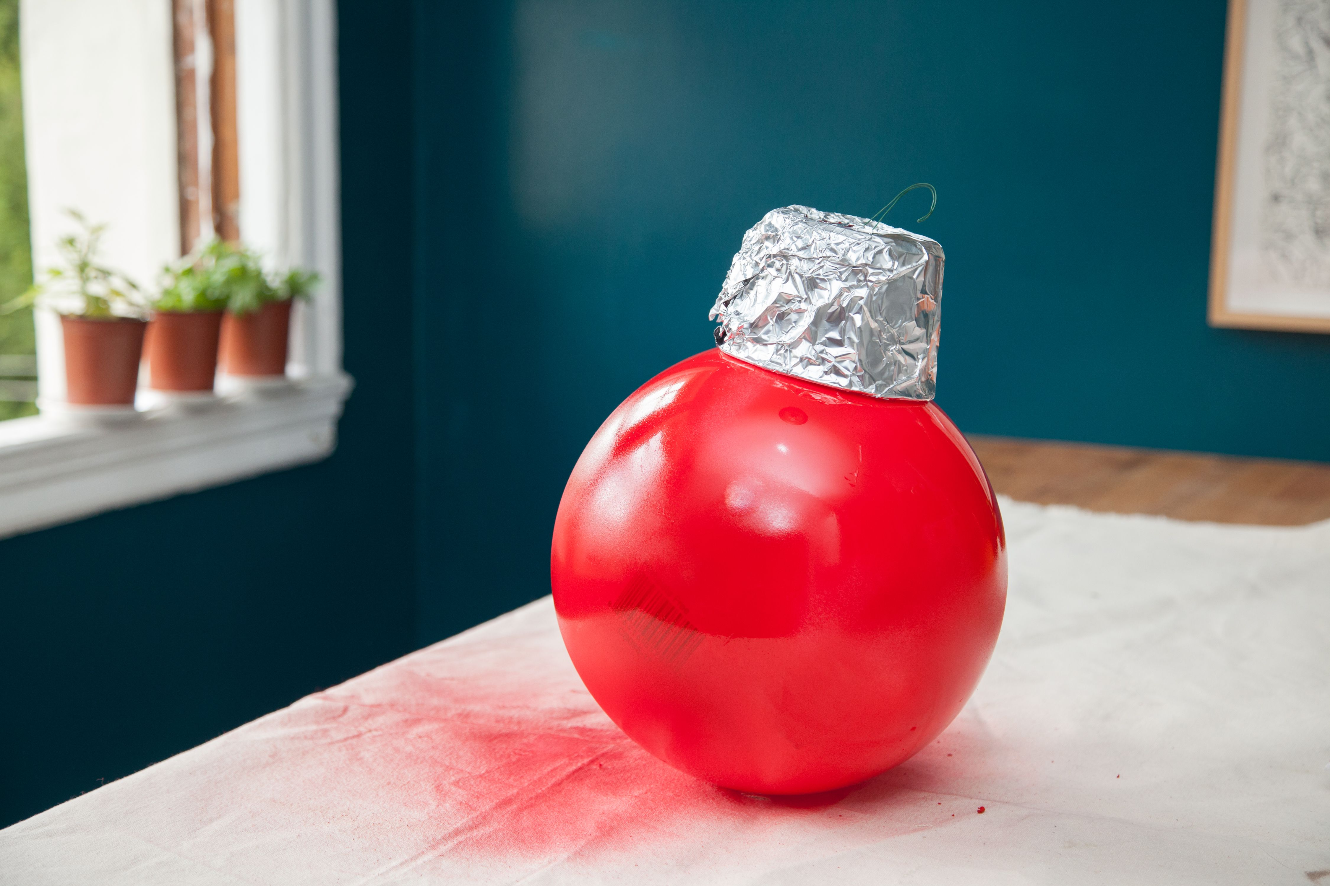 Do-It-Yourself Outdoor Oversized Ornaments | Oversized ...