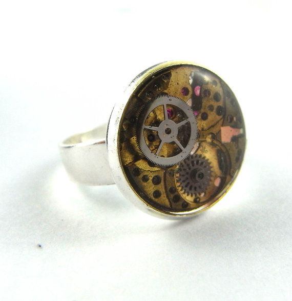I like this Steampunk jewelry thing...
